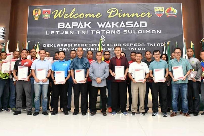 GOWES RANAH MINANG DAN DEKLARASI ARMY CYCLING CLUB TNI AD JAJARAN KOTAMA/BALAKPUS DI GEDUNG BALAI KOTA BUKIT TINGGI